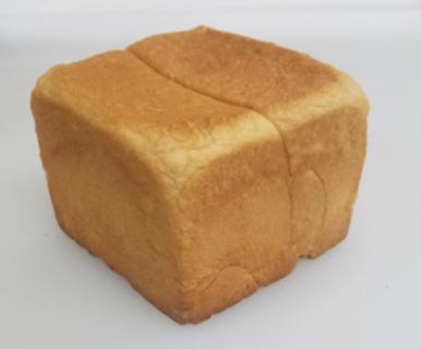 「本気の生食パン」各店舗で販売開始!